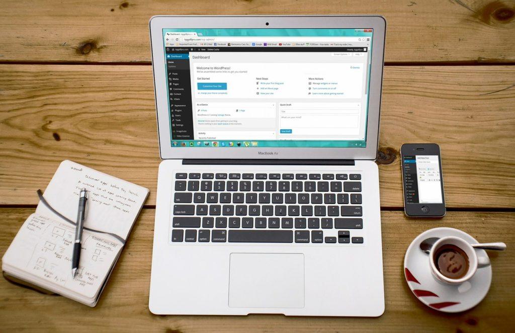 Laptop med WordPress