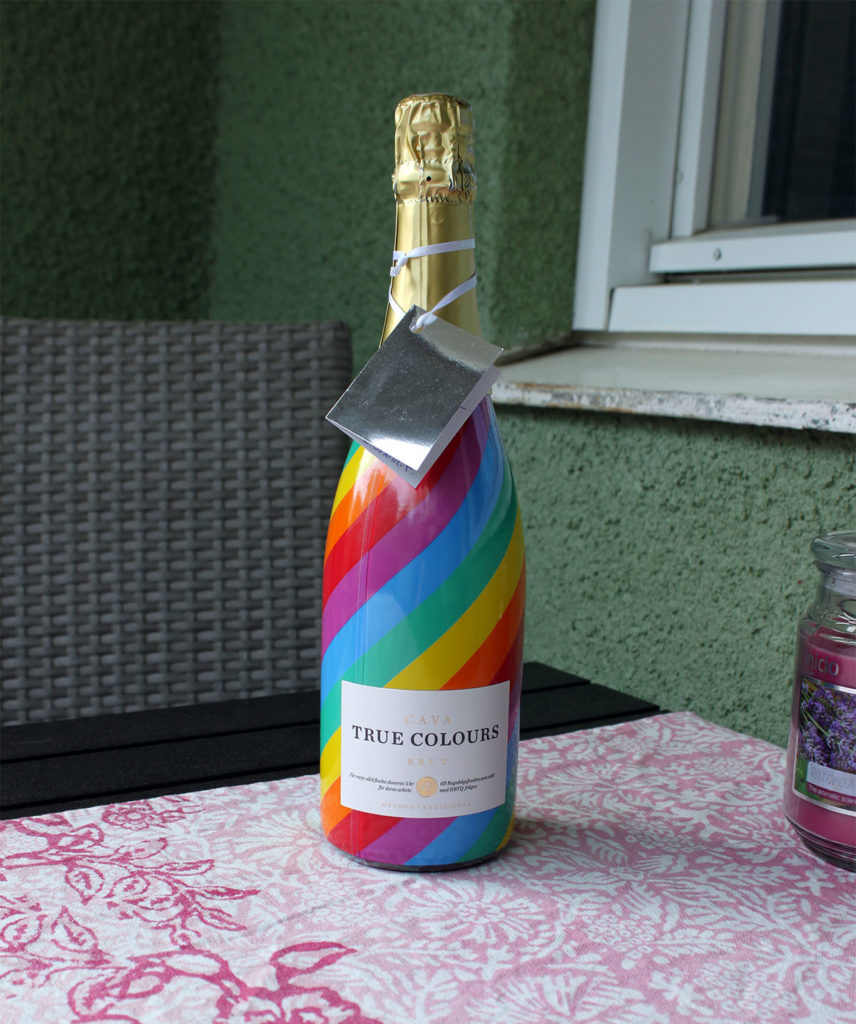 Bubbel i Pridefärgerna
