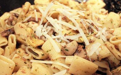 Mezze Maniche med svamp och kronärtskocka